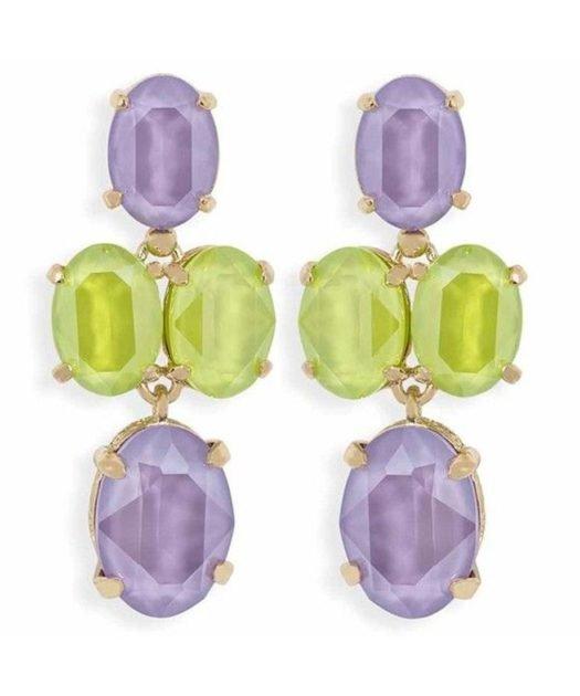 Pendientes articulados verdes y lilas con cuatro cristales Swarovski. Fabricados en plata de ley con un baño de oro rosa.