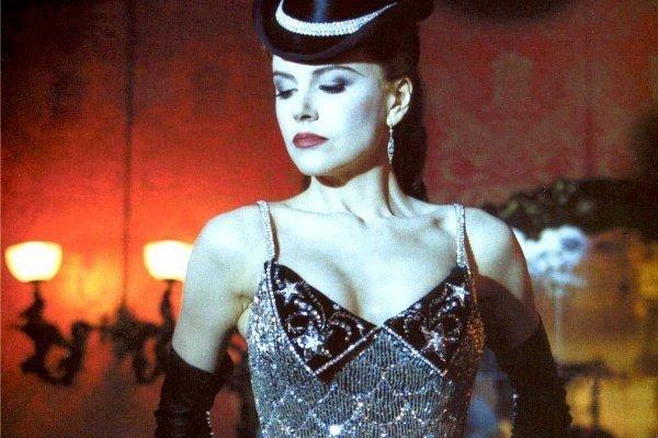 Nicole Kidman con un modelo de Swarovski en Moulin Rouge
